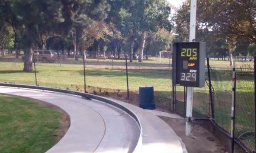 Tether car streamliner hits 330km/h