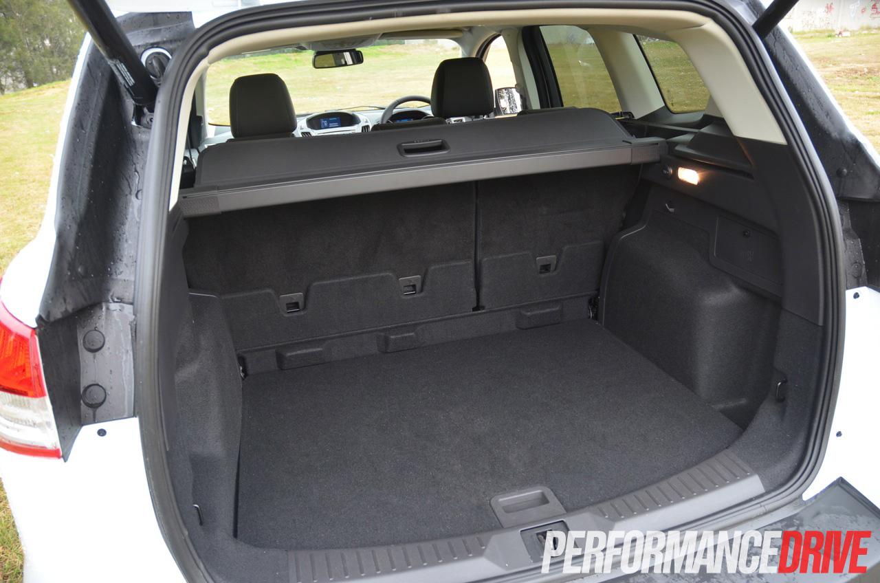 Ford Kuga Titanium Tdci Review Performancedrive