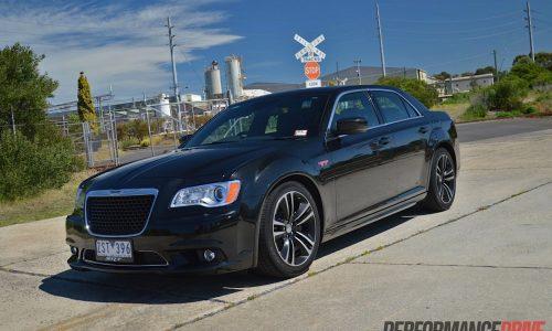Chrysler 300 SRT8 Core review (video)