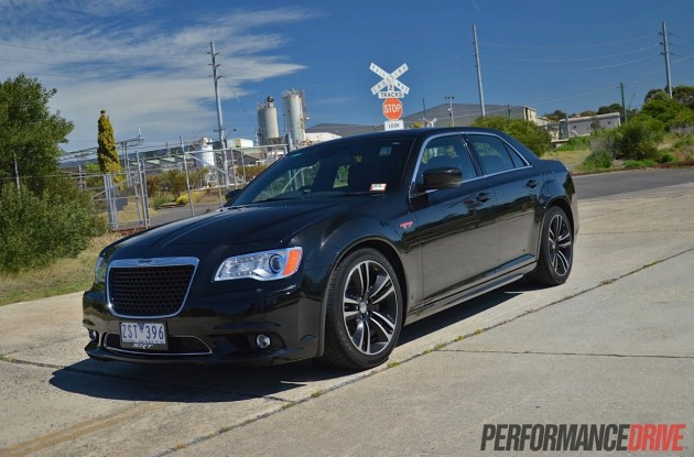 Chrysler 300 SRT8 Core Phantom Black