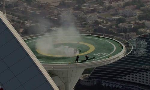 David Coulthard does helipad donuts atop Burj Al Arab hotel
