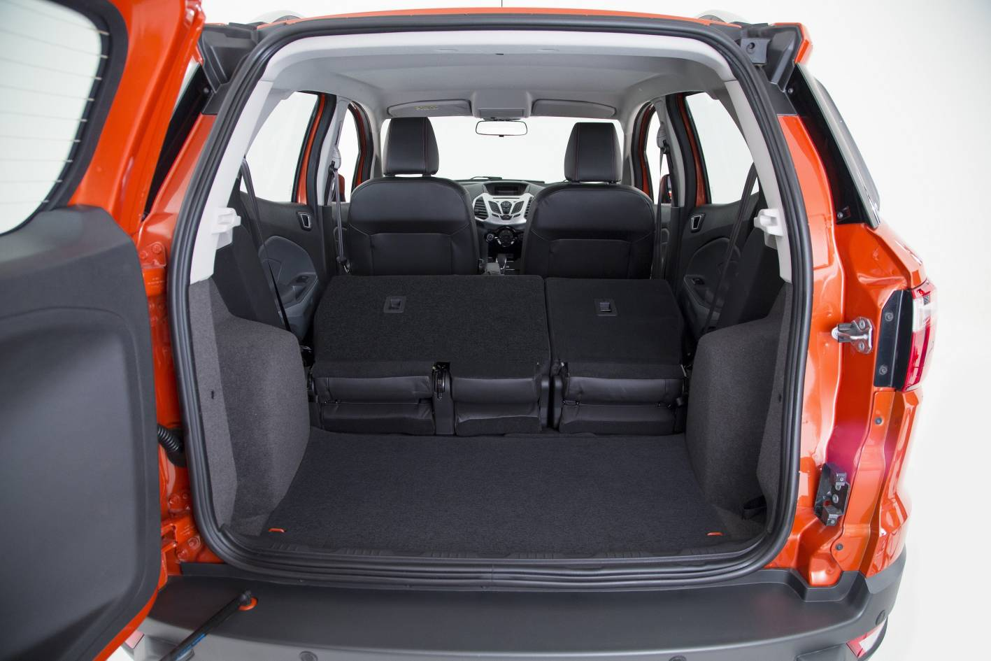 Toyota Chr Review >> Ford EcoSport Titanium cargo space