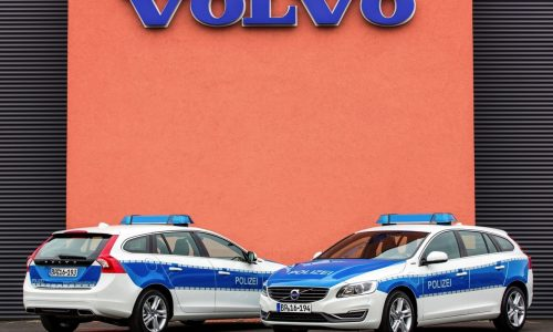 German police recruits Volvo V60 diesel hybrid patrol cars