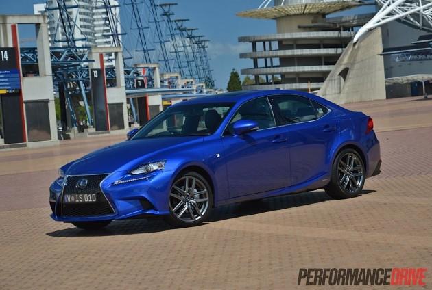 2013 Lexus IS 300h F Sport