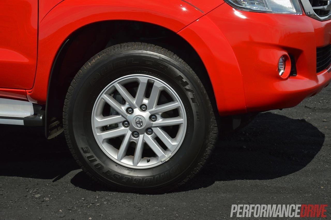 2013 Toyota Hilux Sr5 Review Performancedrive