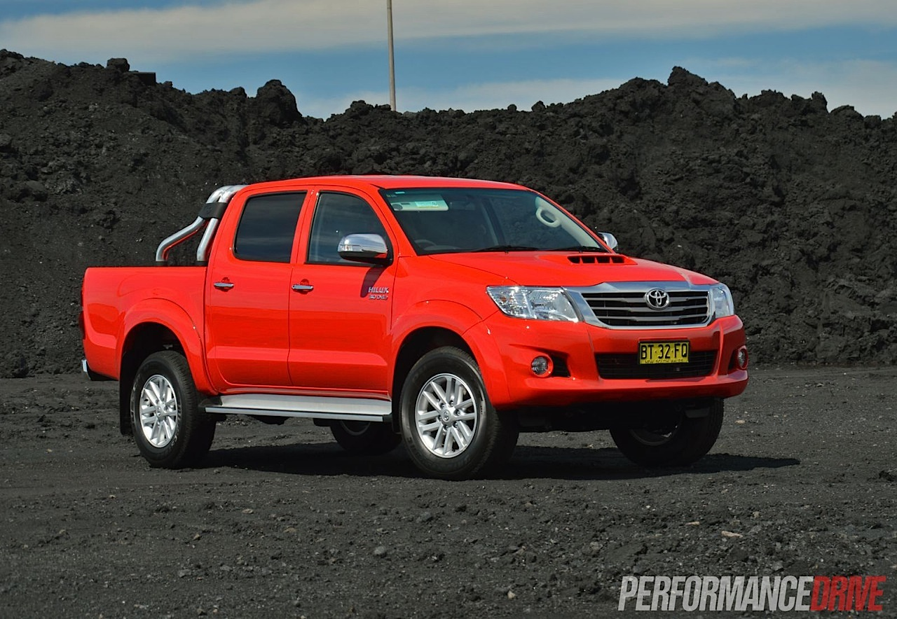 2013 Toyota Hilux Sr5 Review Performancedrive