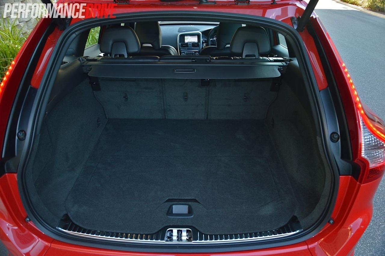 2014 Volvo Xc60 T6 R Design Review Video Performancedrive