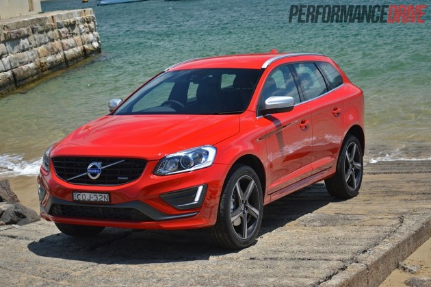2014 Volvo XC60 T6 R-Design red