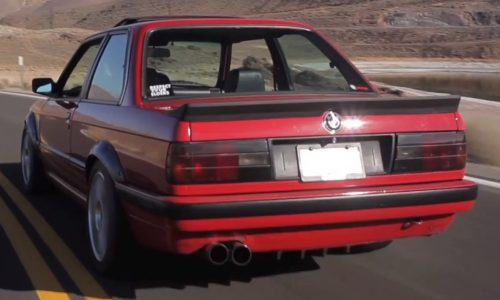 Turbocharged 300kW BMW 325i E30 looks like fun