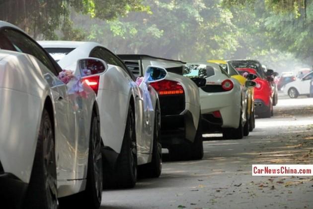 25-car wedding convoy China-2