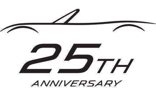 Mazda MX-5 celebrates 25th anniversary at Chicago show