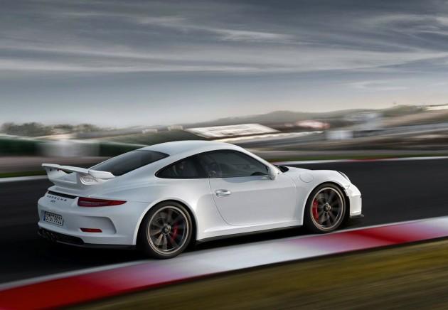 2014 Porsche 911 GT3-white