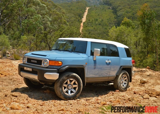 2014 Toyota FJ Cruiser-Retro Blue