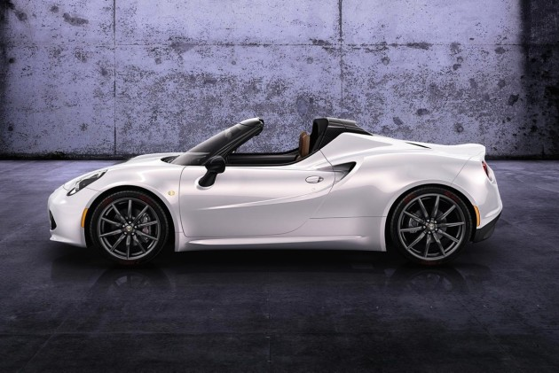 Alfa-Romeo-4C-Spider-preview-side