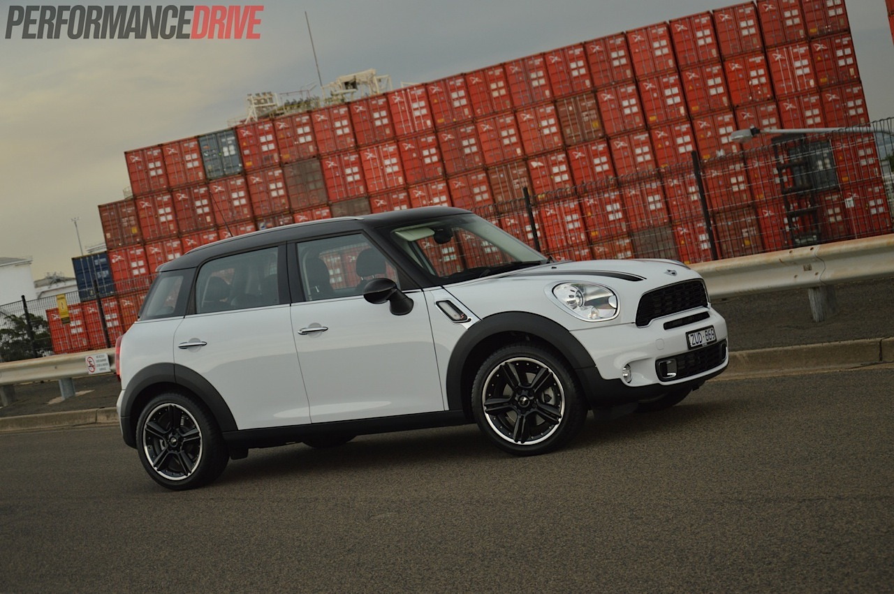 2014 Mini Countryman Cooper S Review Video Performancedrive