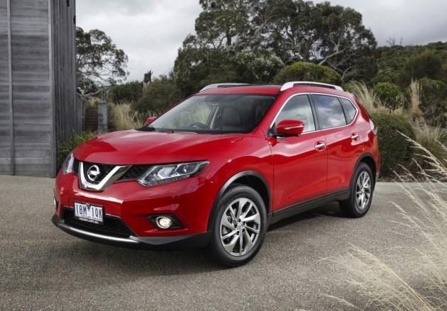 2014 Nissan X-Trail-red