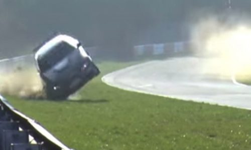 BMW E92 M3 crashes at the Nurburgring