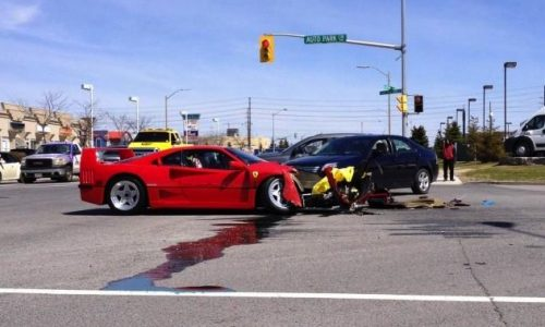 Ferrari F40 crash in Canada makes your heart drop
