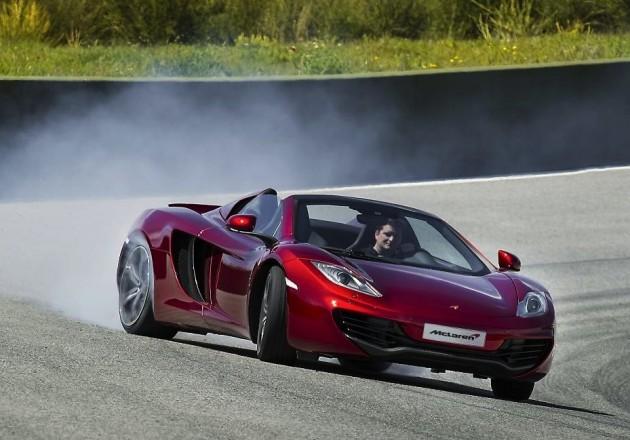 McLaren-12C-Spider-drifting