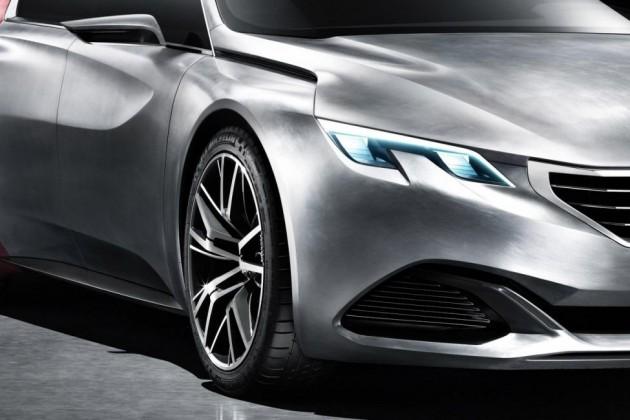 Peugeot Exalt concept steel panels