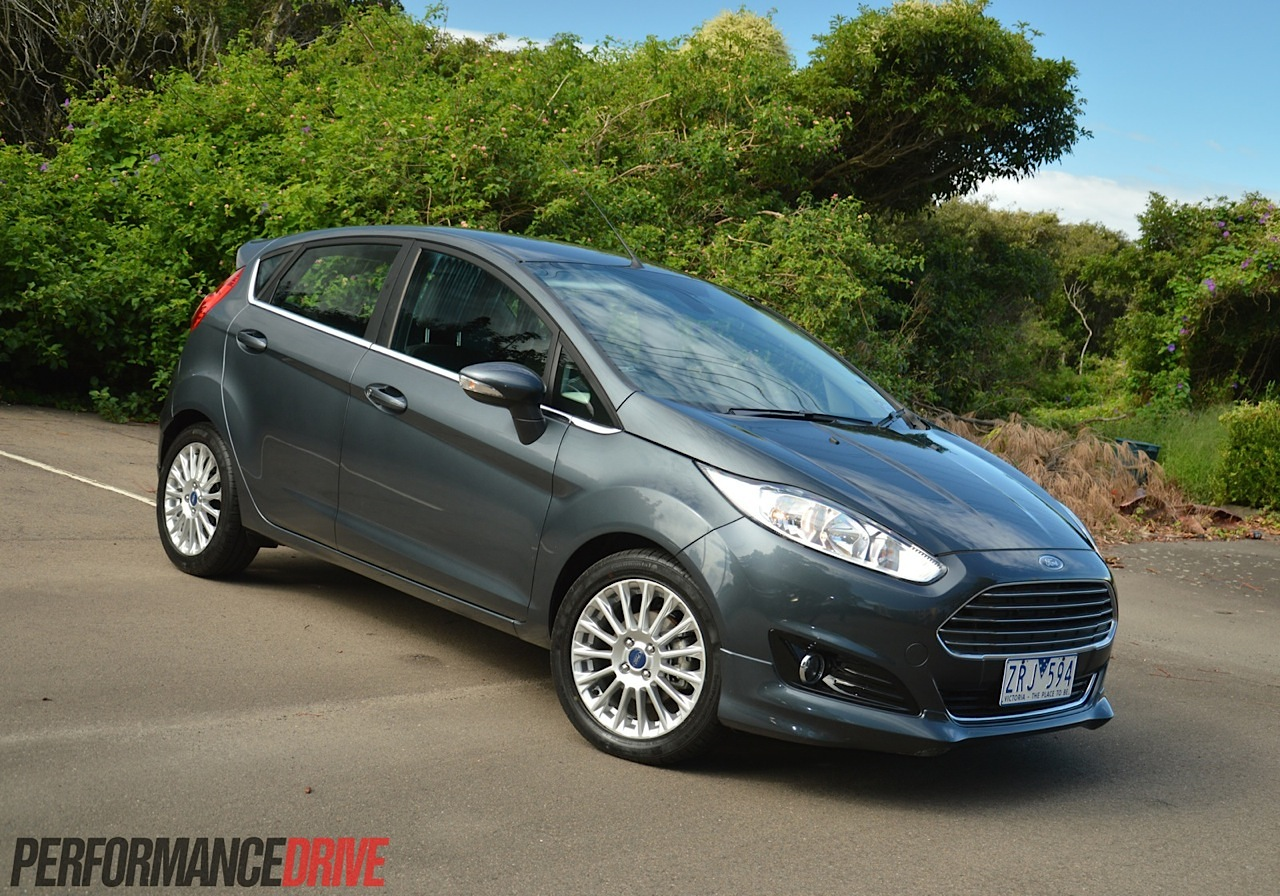 2014 Ford Fiesta Sport 1.0 EcoBoost review (video ...