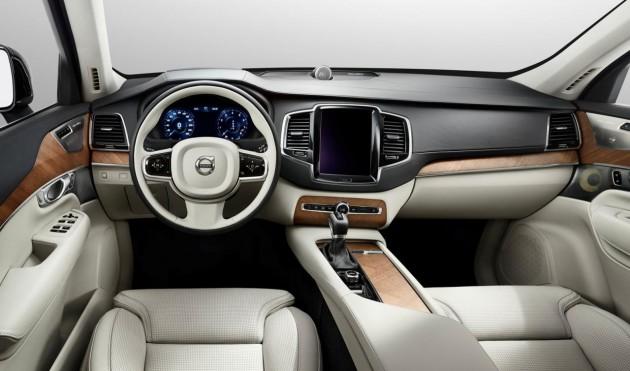 2015 Volvo XC90-dash