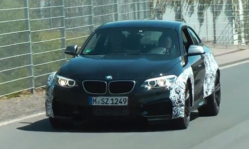Video: BMW M2 prototype spotted, muscly body revealed