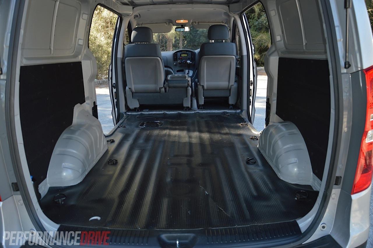 2014 Hyundai Iload Crdi Review Video Performancedrive