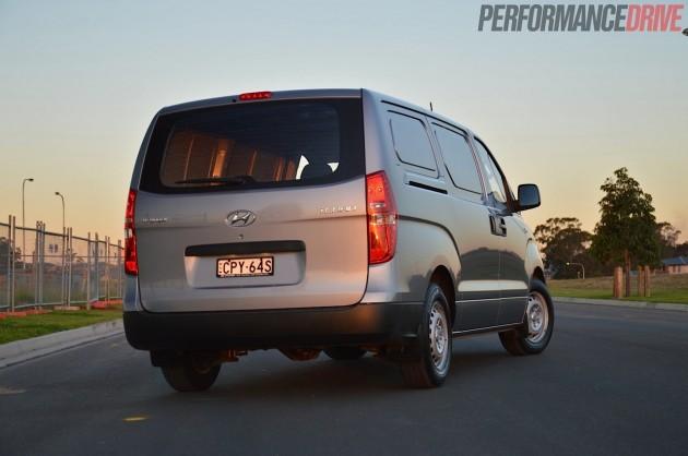 2014 Hyundai iLoad-rear