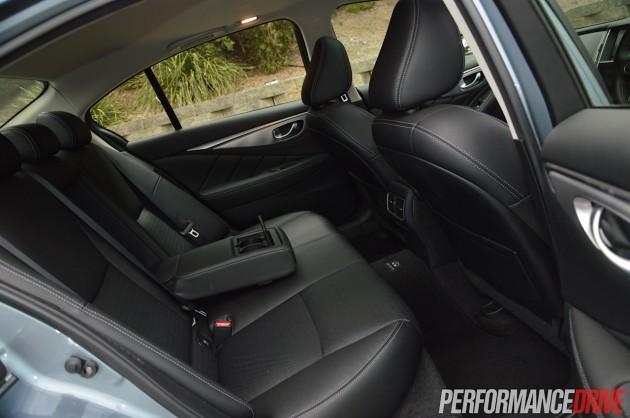 2014 Infiniti Q50 S Premium-rear seats