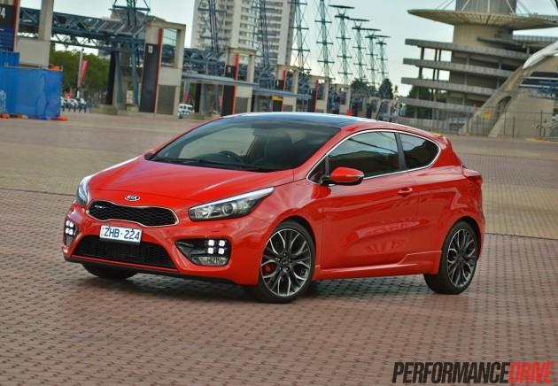 2014 Kia Pro_cee'd GT-red