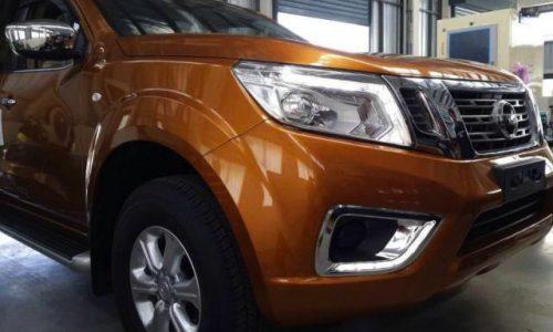 2015 Nissan Navara spotted, new-look revealed