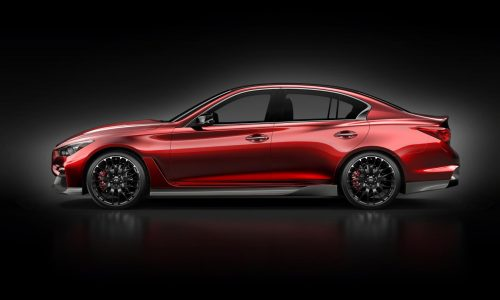 Infiniti Q50 Eau Rouge (GT-R engine) flat-out debut at Goodwood