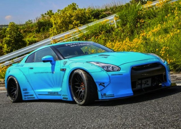 Liberty Walk wide-body Nissan GT-R-Baby Blue