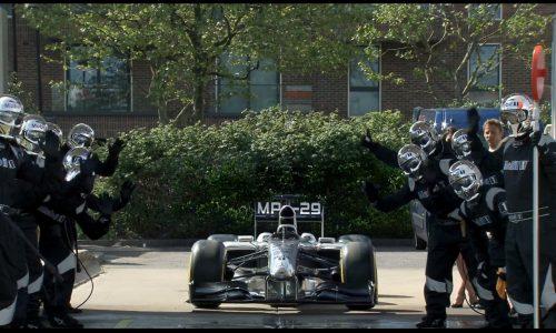 Jenson Button stars in funny Mobil 1 car wash ad