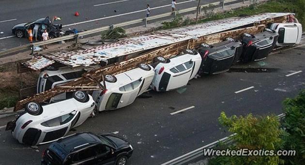 11 car truck crash China-1