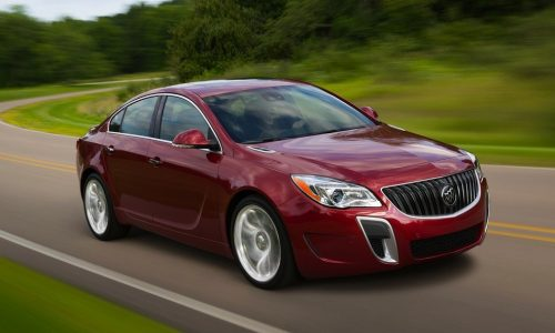 Buick Regal (Insignia) on par with C-Class; Consumer Reports