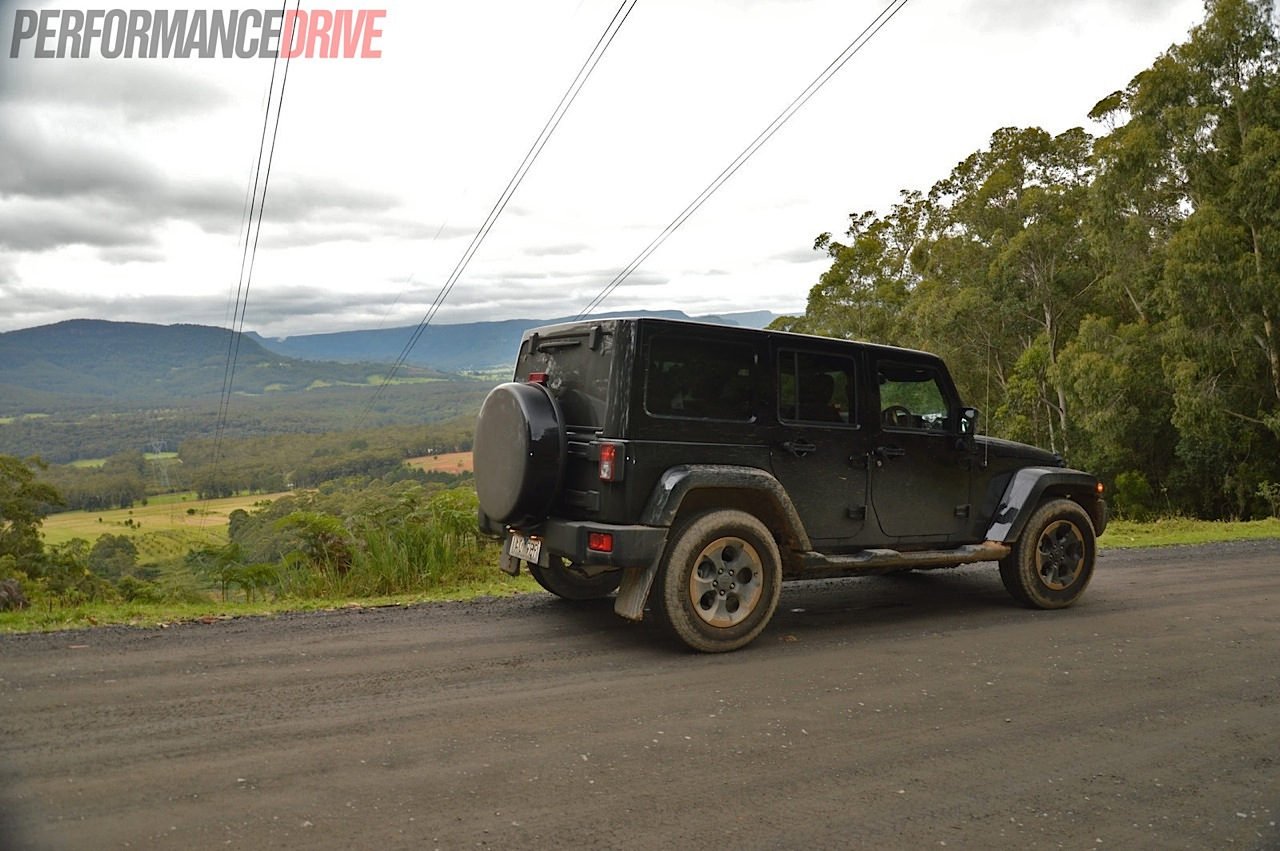 Jeep Wrangler Dragon Edition Review Video Performancedrive 2004 Tj Hardtop Wiring 2014 Australia