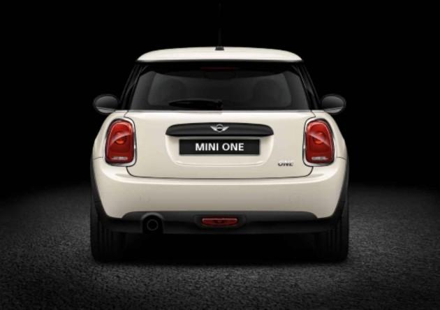 2014 MINI One-rear