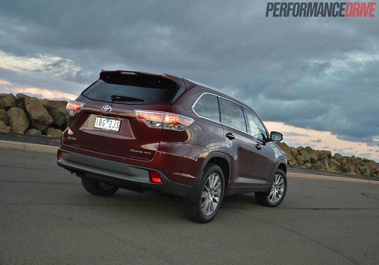 2014 toyota kluger grande review  video