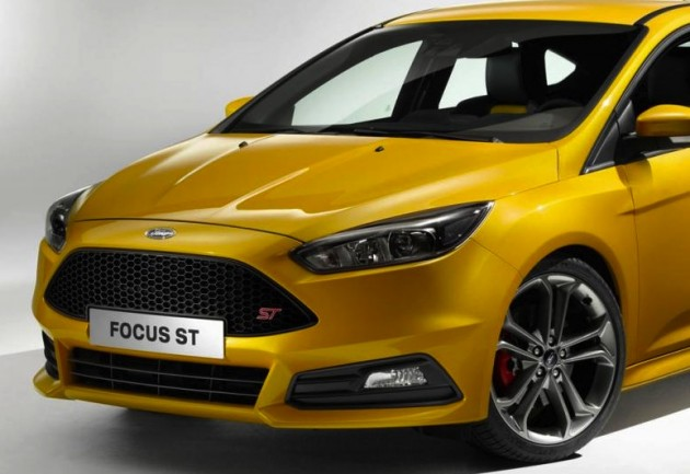 2015-Ford-Focus-ST-yellow