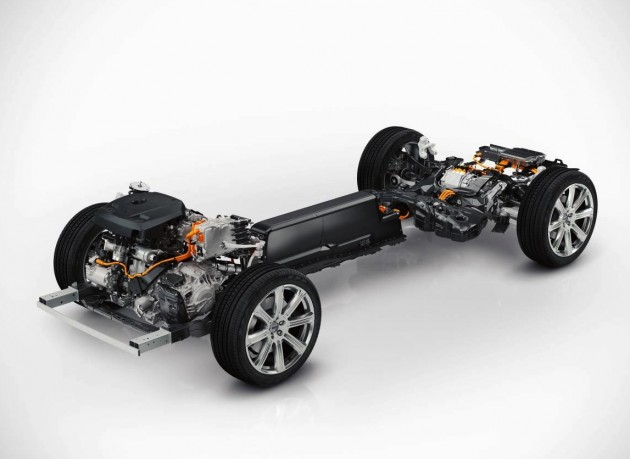 2015 Volvo XC90 T8 electric plug-in hybrid