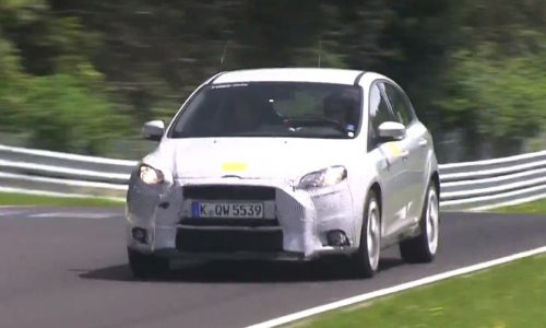 Video: 2016 Ford Focus RS prototype spotted, looks quick