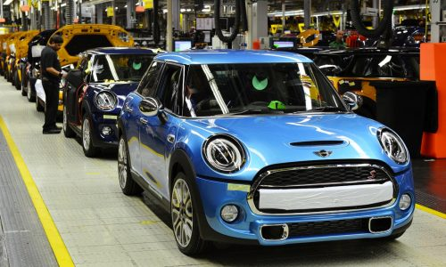 First MINI 5-door Hatch rolls off the production line
