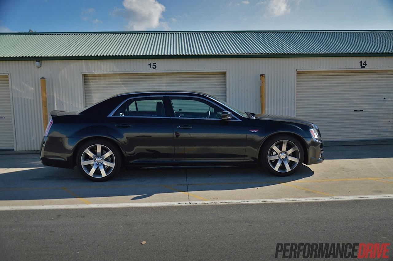 2014 Chrysler 300 SRT8 review: track test (video) | PerformanceDrive