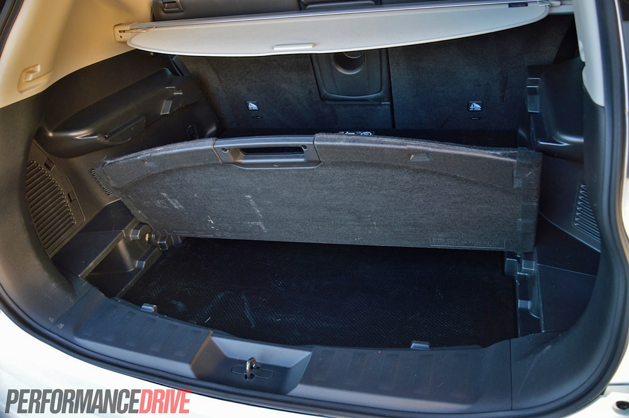 Nissan X Trail St L Dual Cargo Area on Four Cylinder Performance