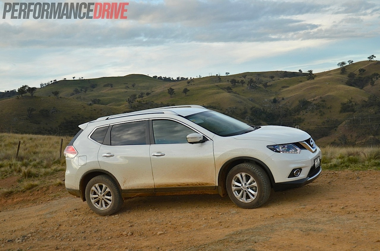 nissan  trail st  review video performancedrive