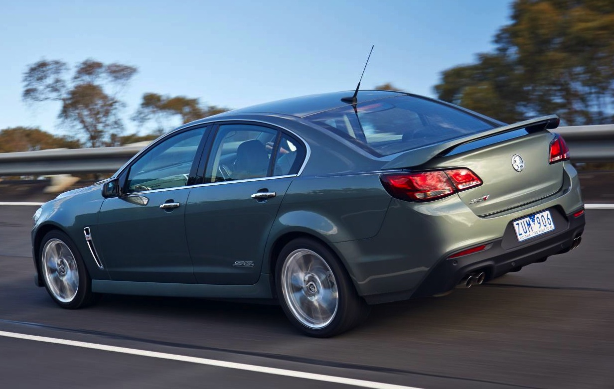 Top 10 reasons to buy a Holden VF Commodore | PerformanceDrive