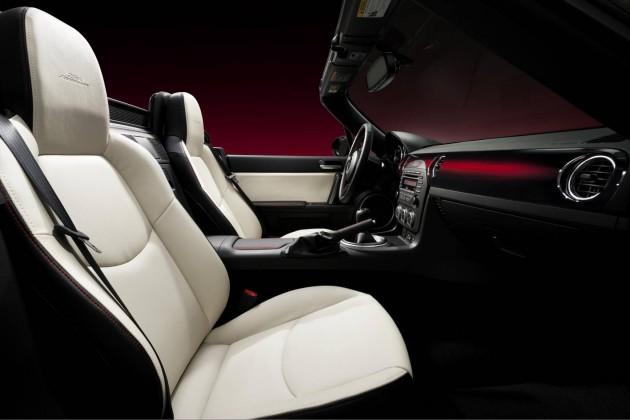 Mazda MX-5 25th Anniversary edition-interior