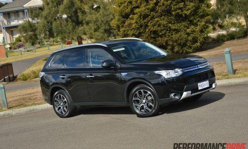 2014 Mitsubishi Outlander PHEV Aspire review (video)